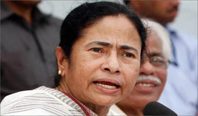 एनआरसी मामले पर ममता की खुद की पार्ट में आया दरार, 2 लोगो ने छोरी पार्टी :