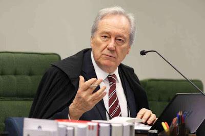 PF apura discussão entre ministro Ricardo Lewandowski e passageiro
