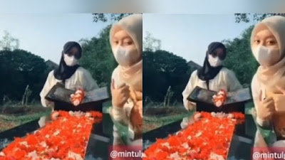 Viral! 2 Wanita Dibully Warganet Gegara Joget TikTok di Kuburan Bapak