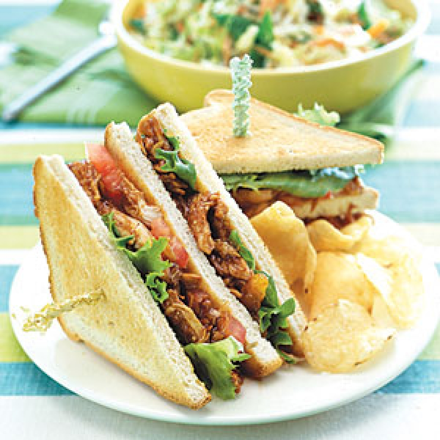 Chicken Bánh Mì Recipe - Vietnamese Grilled Sandwich by ...  |Recipes Grilled Chicken Subs