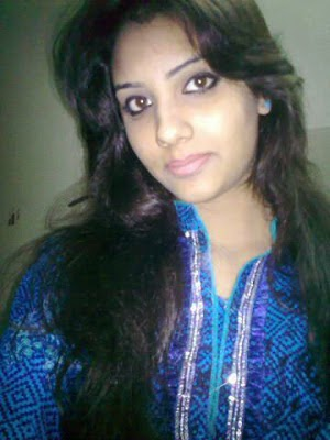 Hot Desi Beautiful Pakistani girls