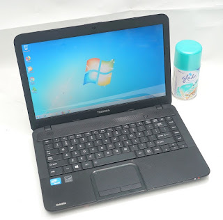 Laptop Bekas Toshiba C800