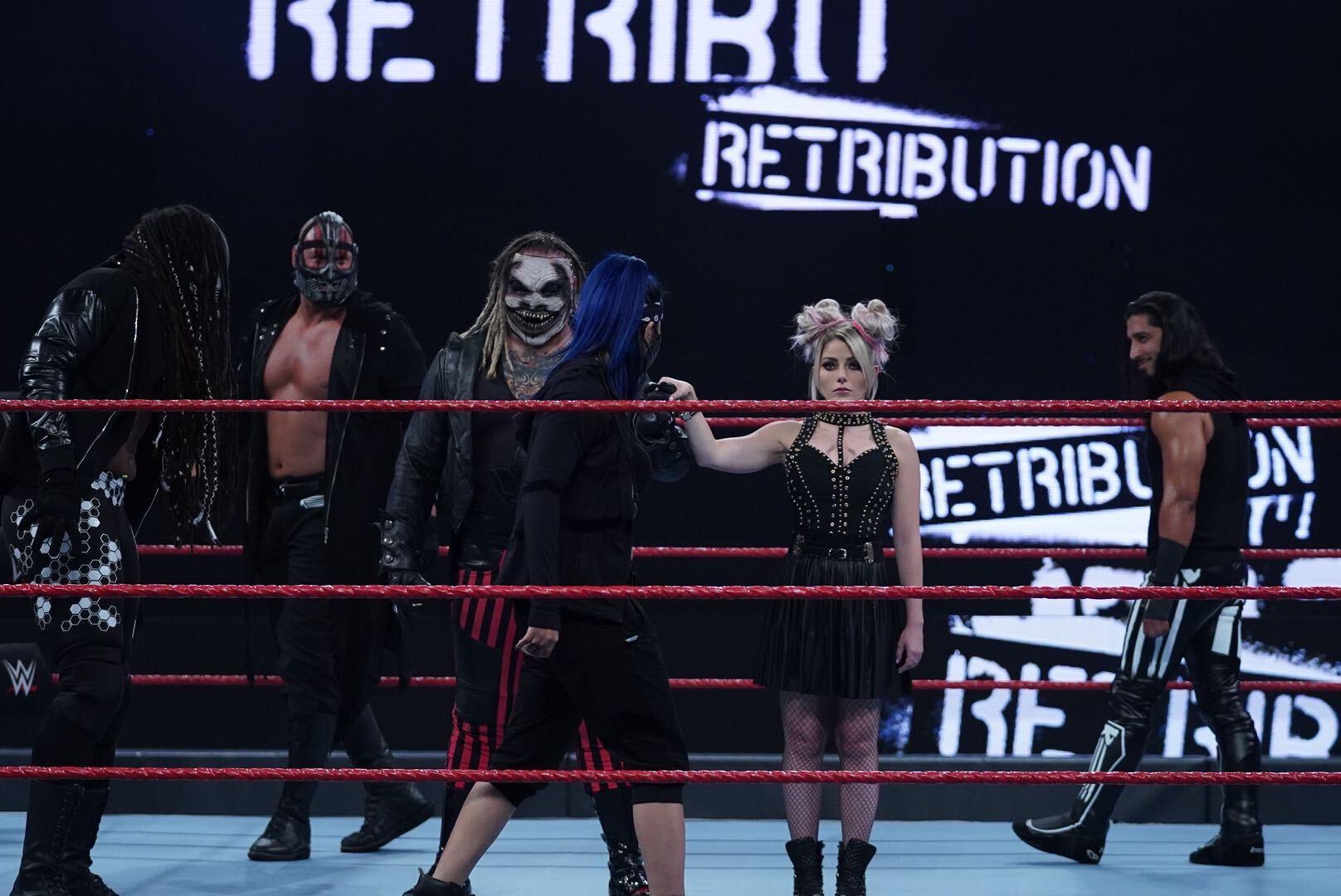 The Fiend destrói a RETRIBUTION no WWE RAW