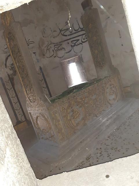 Hasan Paşa Türbesi, Hasan Paşa'nın kabri. - Safranbolu Hıdırlık Tepesi, Karabük
