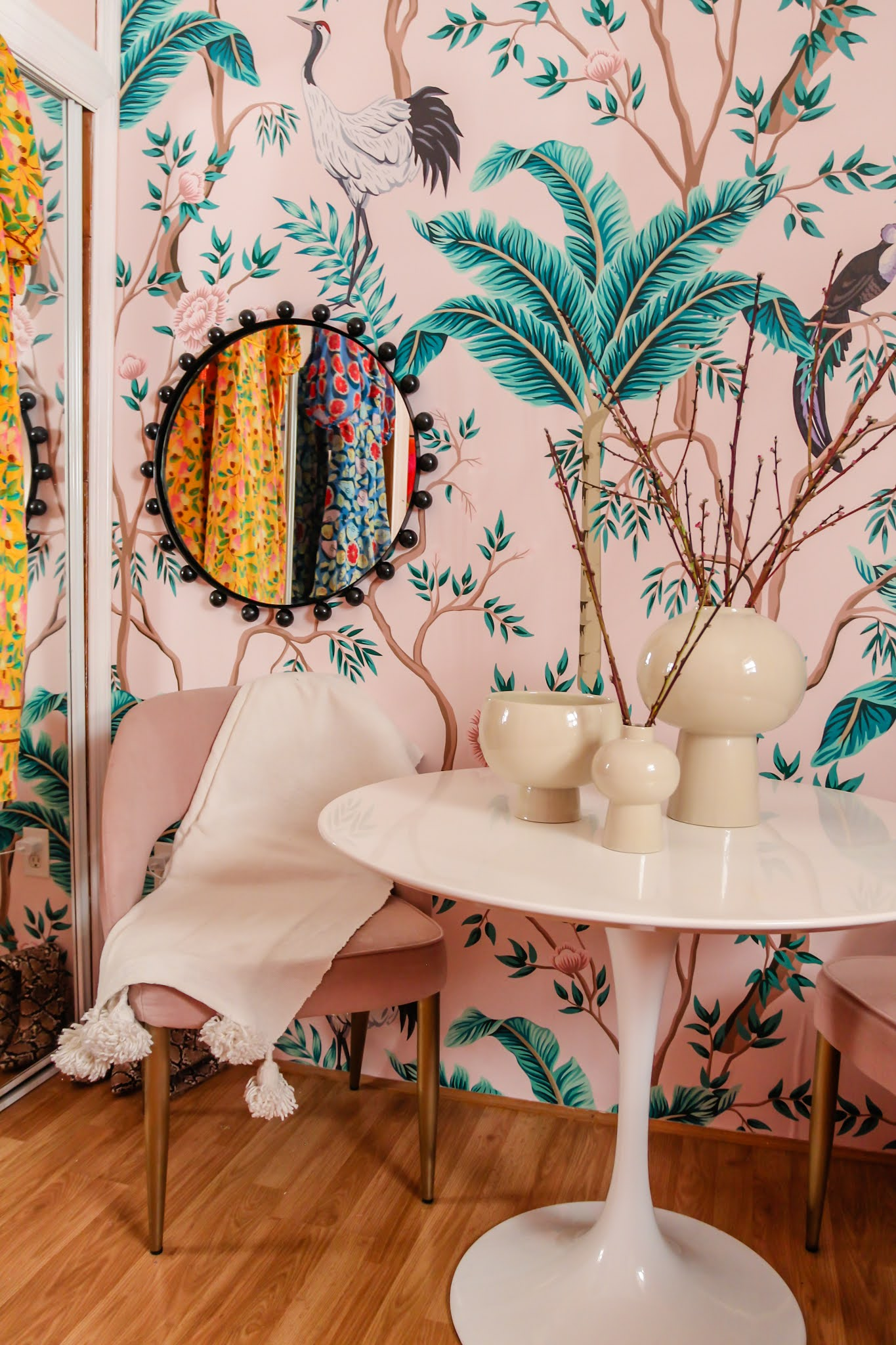 Chinoiserie wallpaper // home office decor  // how to brighten room with a mural // how to brighten room with wallpaper // office inspiration // boho office ideas // Chinoiserie office // pink Chinoiserie // pink tropical office inspo // removable murals // limitless walls mural review // rust and pink decor // boho Chinoiserie decor // pink and burnt orange  decor inspo // tropical bird wallpaper // tropical birds mural // boho gallery wall // Frida gallery wall // Frida Kahlo print // boho prints // boho office decor // light pink tropical office // light pink room // Clare baby soft // small office spaces // wallpaper ideas // boho home office // Clare paint baby soft // pink decor // maximalist rooms // decor ideas // pink decor ideas