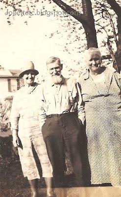 Mary Frances, Jack, Emma 1929 https://jollettetc.blogspot.com