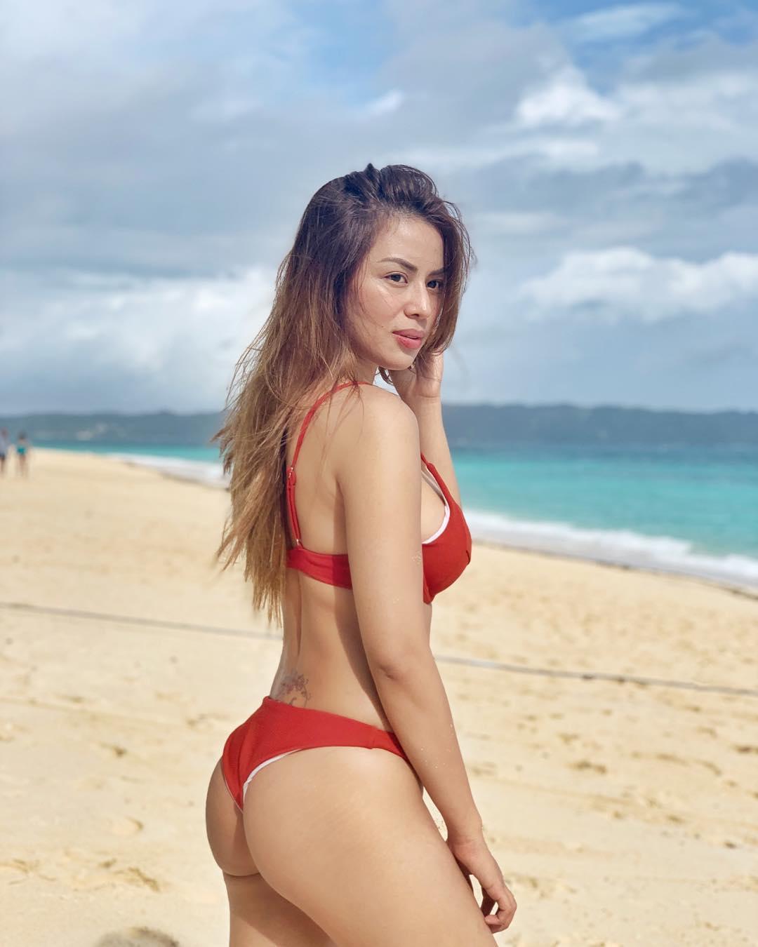 maica palo sexy bikini pics 02