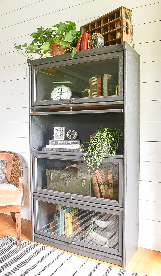 How to paint an oak barrister bookcase