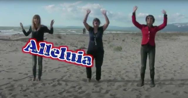 Un morigerato corpo di ballo cattolico canta '' Alleluia'' al Lido di Camaiore