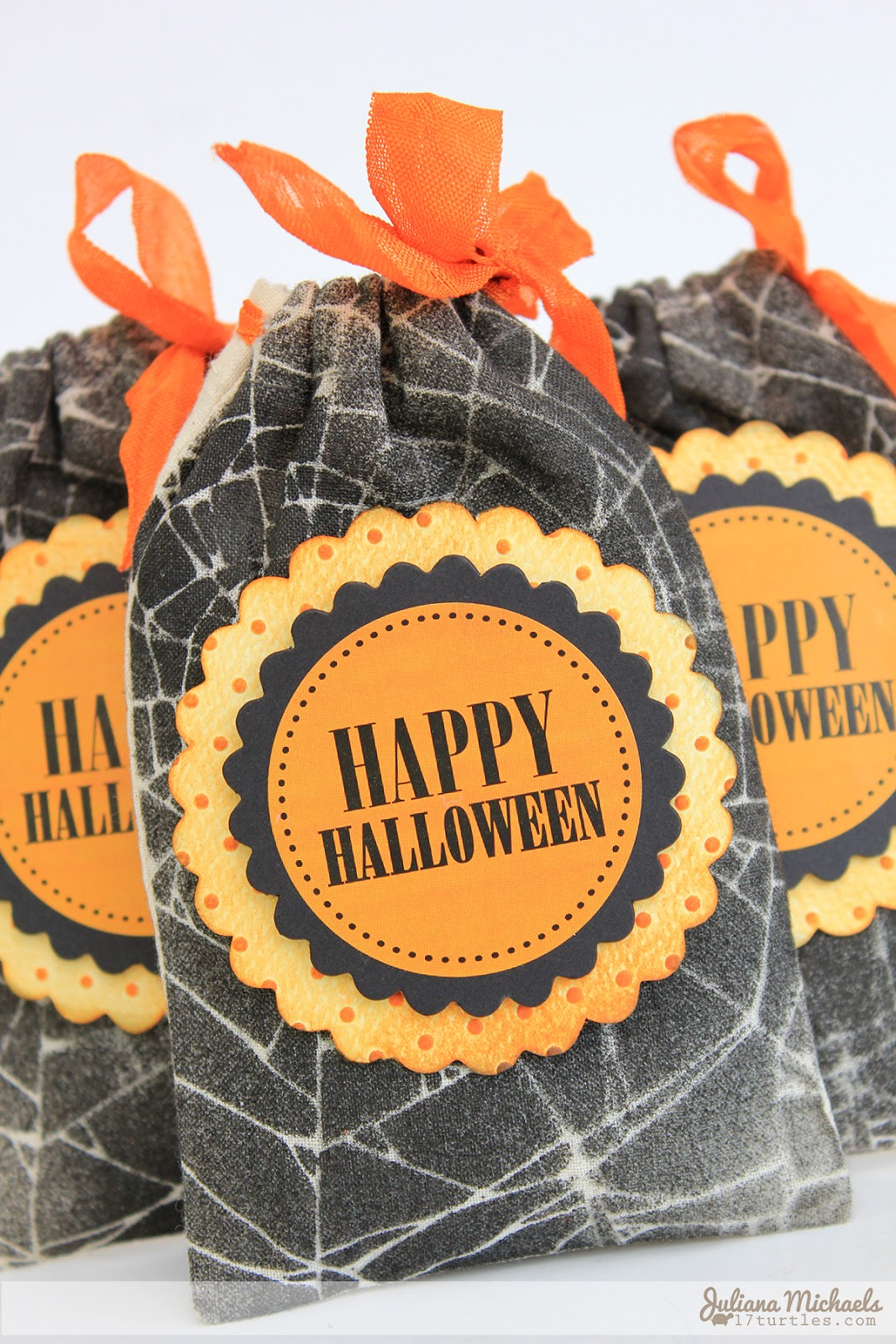 Happy Halloween Muslin Treat Bags by Juliana Michaels for SRM Stickers #srmstickers #halloween #treatbags