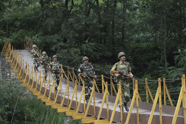 India Claims 'Surgical Strikes' Across Line of Control in Kashmir