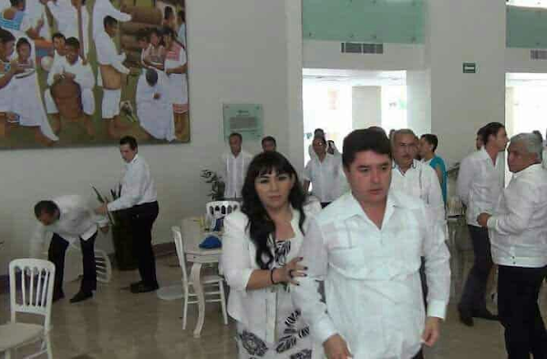 Se pelean a golpes Félix González, exgboernador de Quitana Roo y Julián Ricalde, exalcalde de Cancún