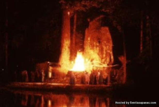Bohemian Grove Ritual