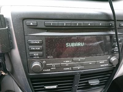 Autoradio zum Hören von Car Talk