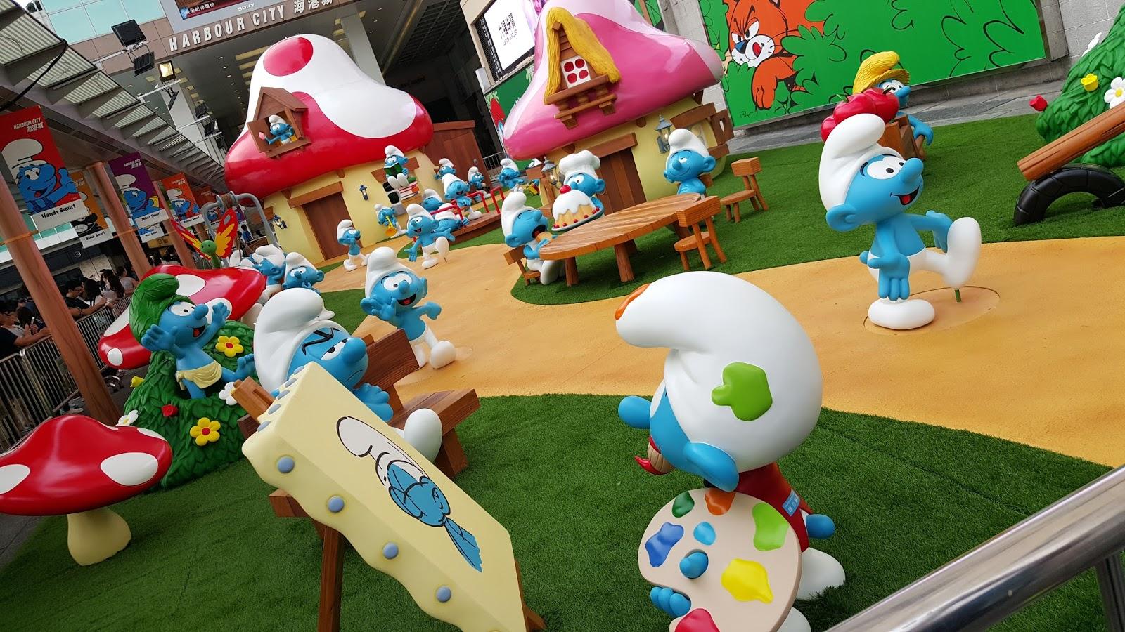 小玉雜記: 八十後的卡通回憶--藍精靈展覽 & Clinique戰利品 @海港城