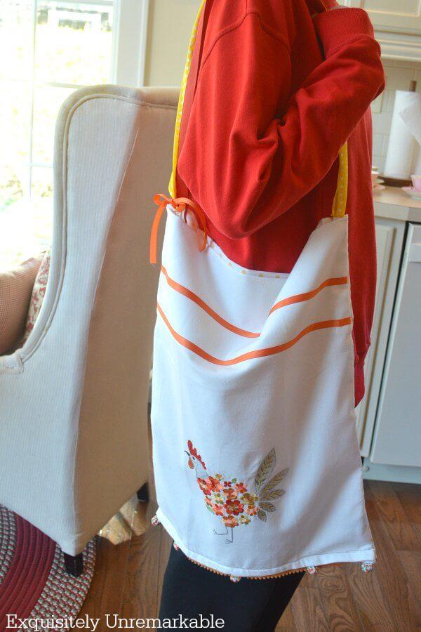 Upcycled Tote Bag DIY on girl