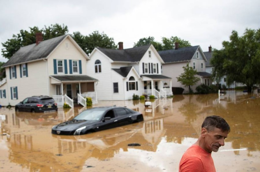 America: Storm Henry makes landfall in Rhode Island Tropical Storm Henry reached the northeastern coast of the United States on Sunday afternoon, local time, and brought heavy rain with it.