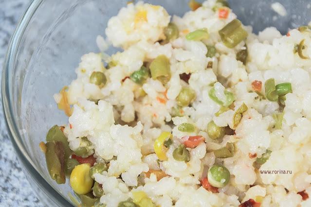 Рис с овощами. Фото