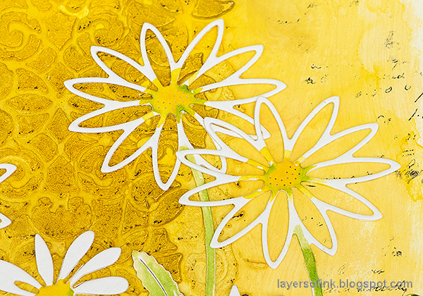 Layers of ink - Daisy Art Journal Page by Anna-Karin Evaldsson. Simon Says Stamp Daisy stem.