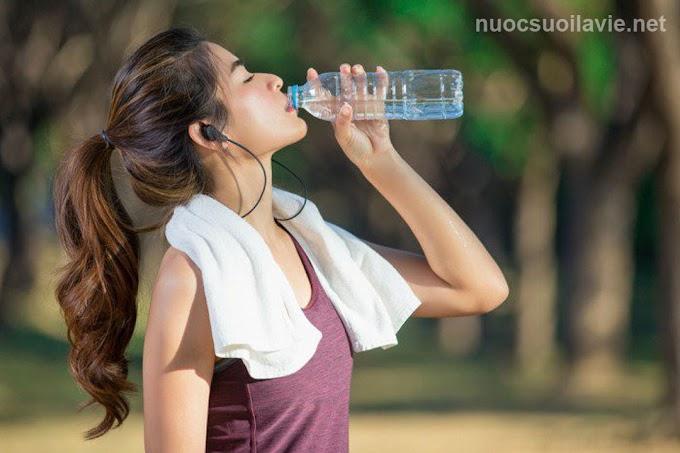 Lợi ích to lớn của việc uống nước mỗi ngày