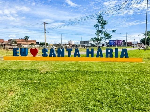 Duas declarações de amor à Santa Maria