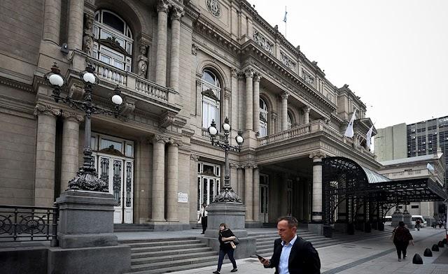 El Teatro Colón de Buenos Aires se convierte en centro de testeos de la covid-19