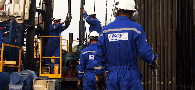 Offers on the spot:Key Energy hiring Floorhands, Derrickhands, Rig Operators &more.