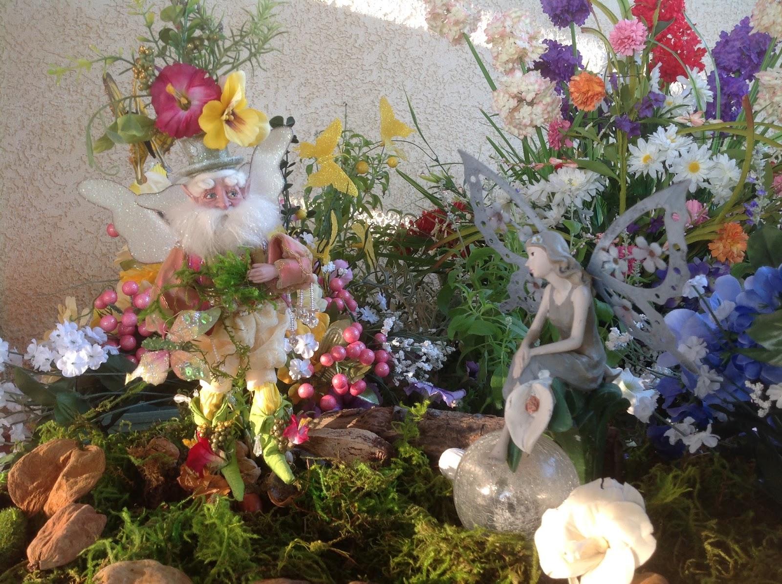 Enchanted Garden: Grandma's Enchanted Fairy Garden: August 2015