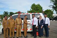 Walikota Bima Terima Bantuan Hibah Satu Unit Ambulance dari PT Taspen Persero
