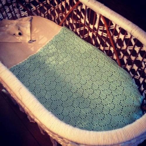Heart Blanket - Free Knitting Pattern