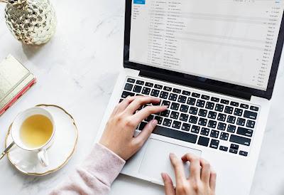 saimullah blogging sample using stock images
