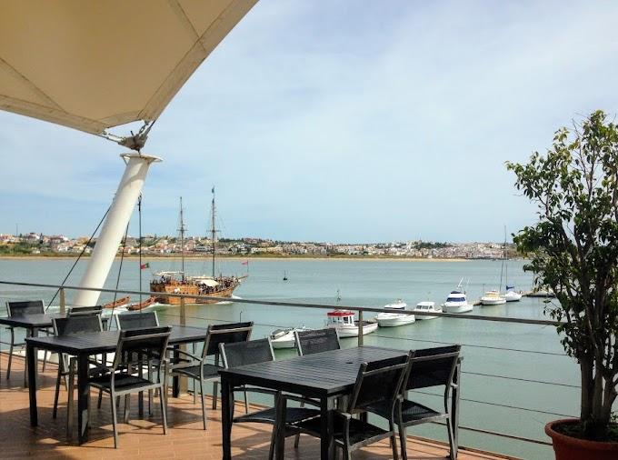 Restaurante do Cais, comer sobre el río