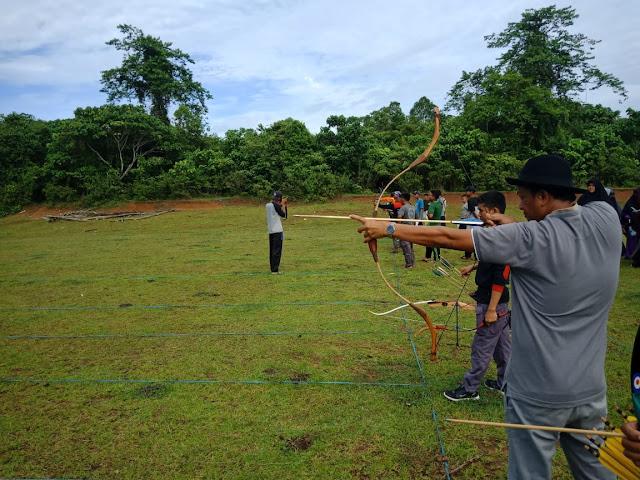 Memasyarakatkan Cabor Panahan, Ketua DPRD Sidrap Ajak 12 Tim Latihan Bersama