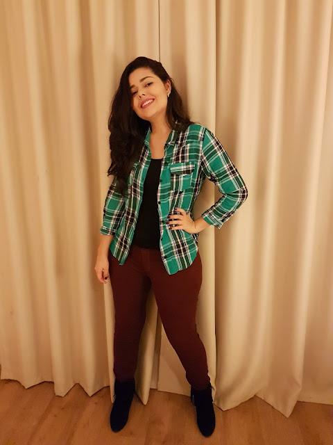 Look do dia | Camisa verde xadrez + calça vinho