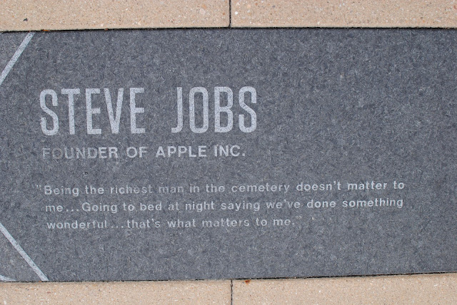 Steve jobs kon tha , who was Steve jobs  , Steve jobs ki jankari , Steve jobs kya hai