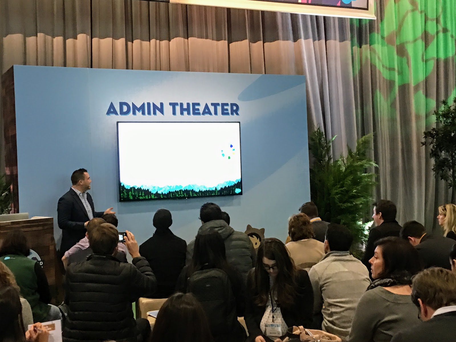 Salesforce World Tour NYC: Tigh Loughhead speaks about Salesforce Lightning