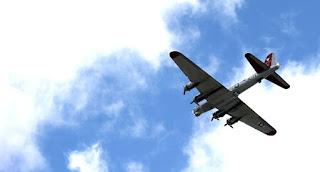 World War II plane, US airports