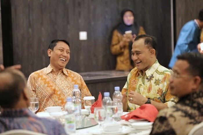 Pjs. Gubernur dan Jajaran Forkopimda Bersilaturahmi dan Makan Malam Bersama Kepala BNN Heru Winarko