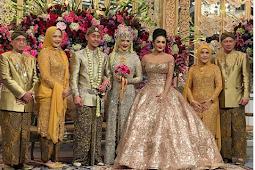 Bak Cinderella! Inilah 7 Potret Cetarnya Penampilan Krisdayanti di Pernikahan Putri Titiek Soeharto