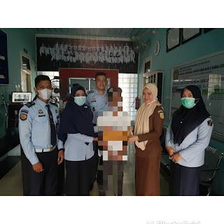 PK Bapas Banda Aceh Dampingi Serah Terima Anak ke LPKA