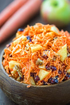 ★★★★★ |   Shredded Carrot Salad with Cranberries