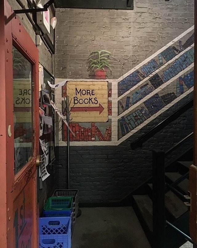 biggest bookstore in the world, biggest bookstore, world's largest bookstore