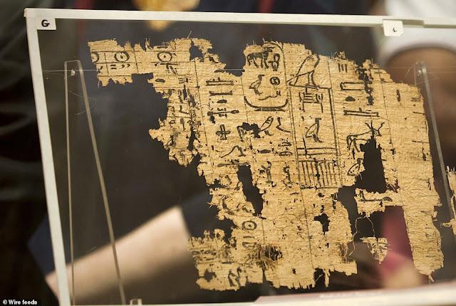 Ο πάπυρος 4.500 ετών που περιγράφει με λεπτομέρειες την κατασκευή της Μεγάλης Πυραμίδας