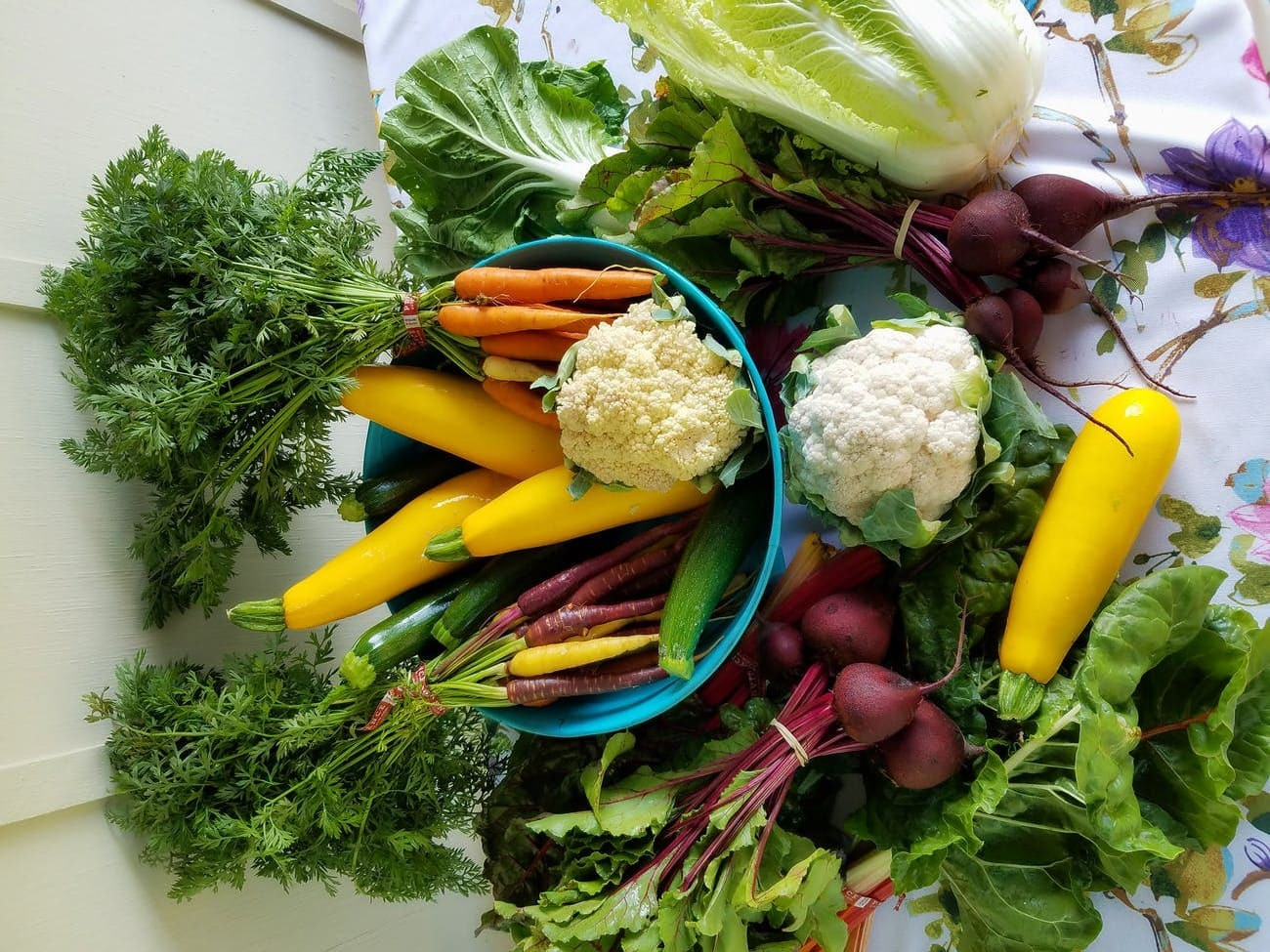 How to make beetroot salad with carrots