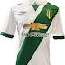 Penalty lança nova camisa titular do Banfield