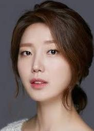 Kim Jung-Hwa pemeran Yoo Hyo-Myung