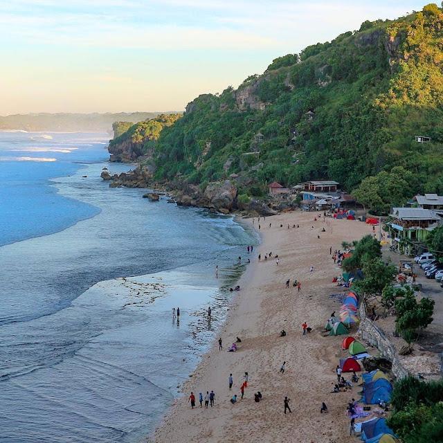 pok tunggal beach is tourist destination in yogyakarta