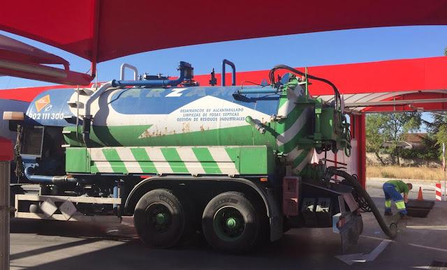 Limpieza de depósitos con camiones cuba Villaviciosa de Odón