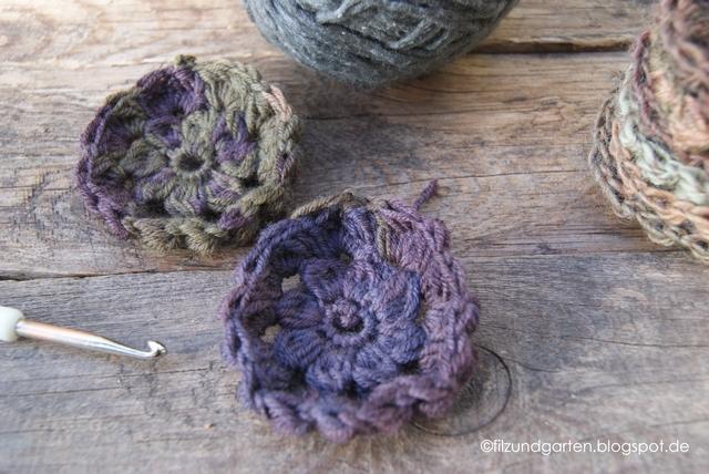 Resteverwertung: eine Häkeldecke aus Sockenwolle