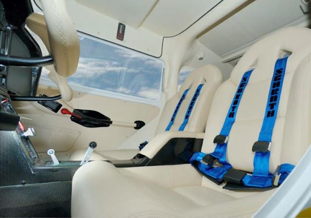 TL-3000 Sirius interior